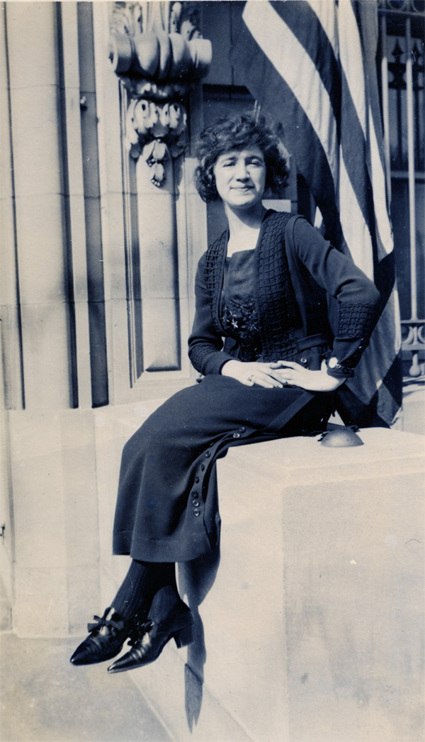 Florence Mendheim, 1921. Photograph. Gift of Channa and Shragai Cohen, Museum of Jewish Heritage, NY, 2000.P.130.